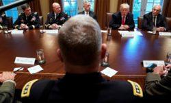 Le pouvoir de déclenchement de l'arme nucléaire de D.Trump contesté