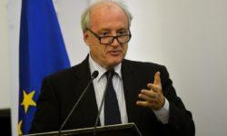 Hubert Védrine : « La bataille nucléaire est une monstruosité à tout point de vue »