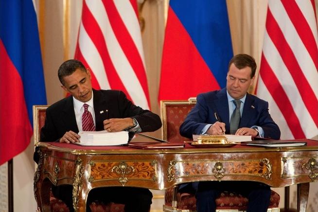 Dans le sillage de la modernisation des arsenaux nucléaires, les Etats dénoncent les grands traités.