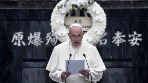 A Hiroshima, le pape François s'est insurgé contre les armes nucléaires mais aussi contre la dissuasion nucléaire, ouvrant ainsi une nouvelle ère dans le positionnement du Vatican envers l'arme atomique.