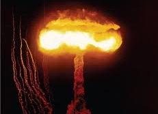 explosion nucléaire (2)
