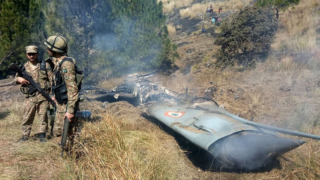 pakistan-india-crashed-jet-new_0